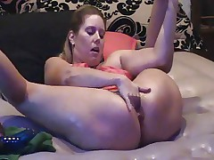 Hardcore Blonde MILF Squirts Multiple Times