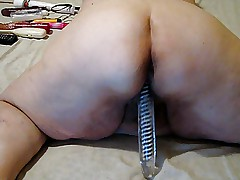 ON CAM PLAYING WITH A NEW TOY