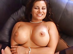 Hot Busty Cougar Friday Banging